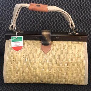 Handbags - ‼️Sale Today Only‼️NWT Vintage Wicker Ladies Purse